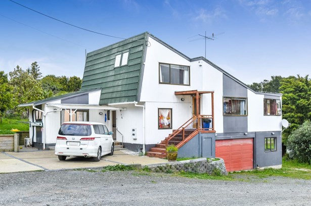 21 Colwill Road, Massey, Auckland - NZL (photo 2)