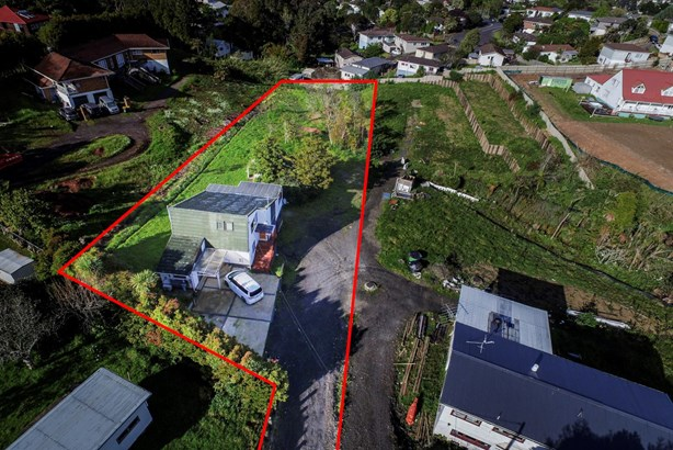 21 Colwill Road, Massey, Auckland - NZL (photo 3)