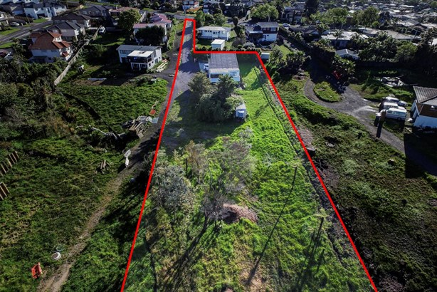 21 Colwill Road, Massey, Auckland - NZL (photo 4)