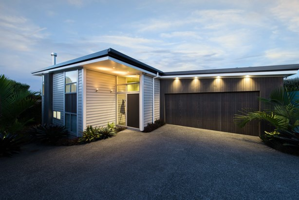 24a Kokiri Street, Te Atatu South, Auckland - NZL (photo 1)