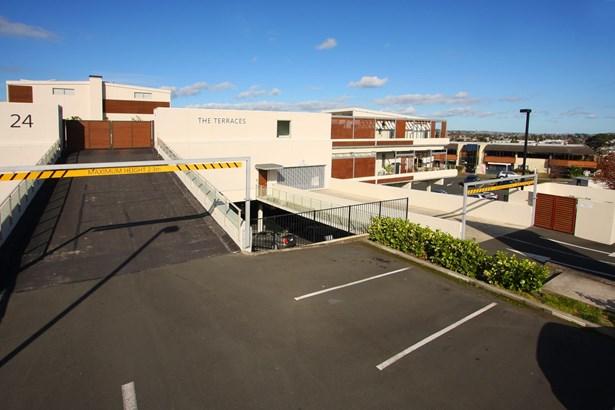203/24 Wellington Street, Howick, Auckland - NZL (photo 3)