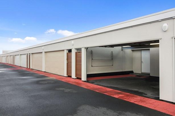 203/24 Wellington Street, Howick, Auckland - NZL (photo 4)