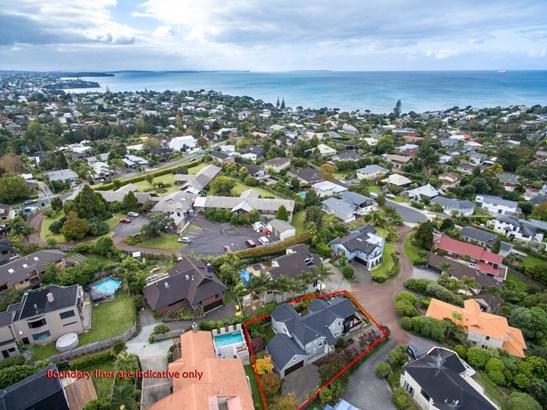 11 Asbury Crescent, Campbells Bay, Auckland - NZL (photo 5)