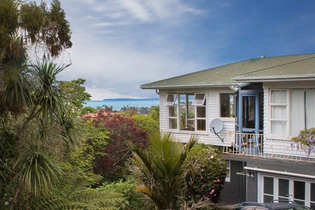 44 Parr Terrace, Castor Bay, Auckland - NZL (photo 1)
