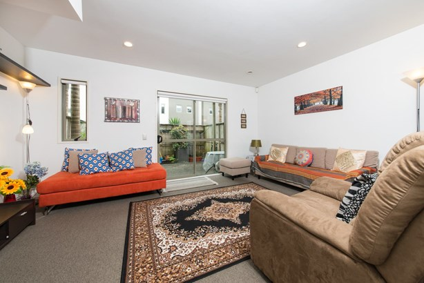 37/21 Hunters Park Drive, Three Kings, Auckland - NZL (photo 5)