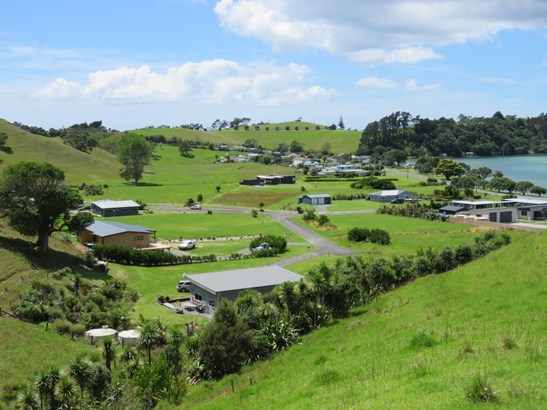 Chilcott Road, Whananaki, Northland - NZL (photo 3)