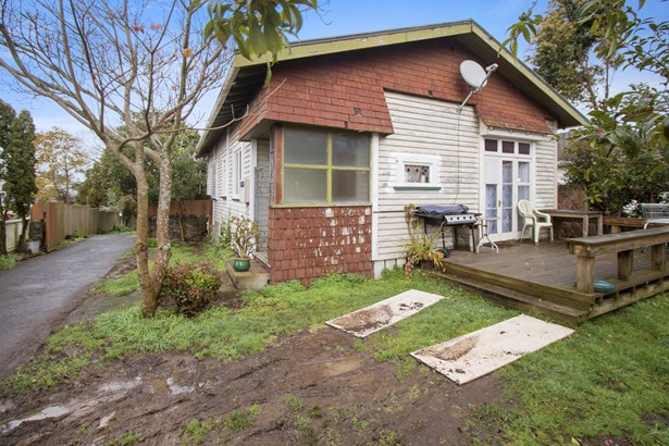 72 Wolverton Street, Avondale, Auckland - NZL (photo 2)