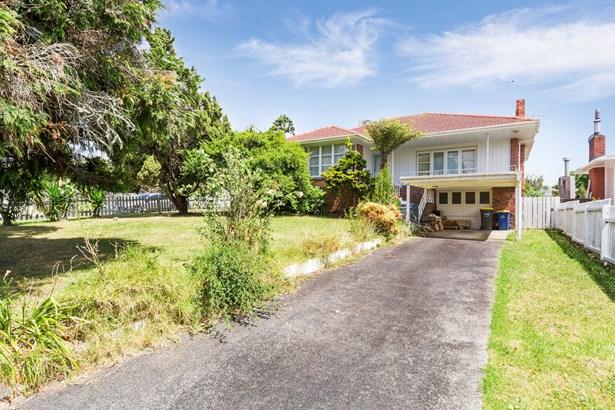 25 Gloria Avenue, Te Atatu Peninsula, Auckland - NZL (photo 1)