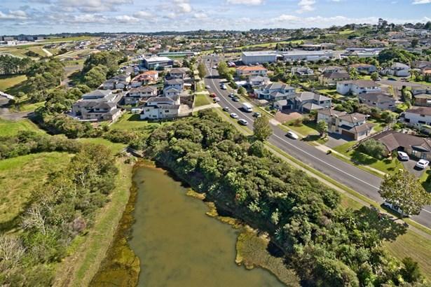93 Hugh Green Drive, Pinehill, Auckland - NZL (photo 3)
