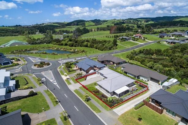 25 Weatherly Drive, Beachlands, Auckland - NZL (photo 1)