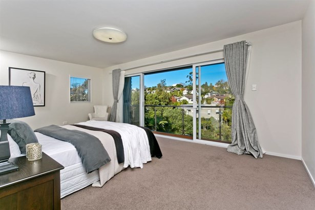 19 Kahikatea Close, Campbells Bay, Auckland - NZL (photo 5)