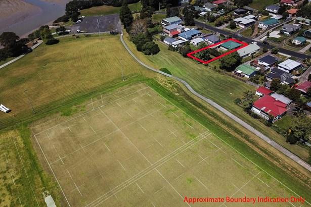 57 Beaubank Road, Kelston, Auckland - NZL (photo 3)