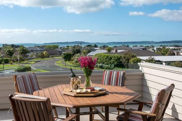 16 Columbia Crescent, Beachlands, Auckland - NZL (photo 1)