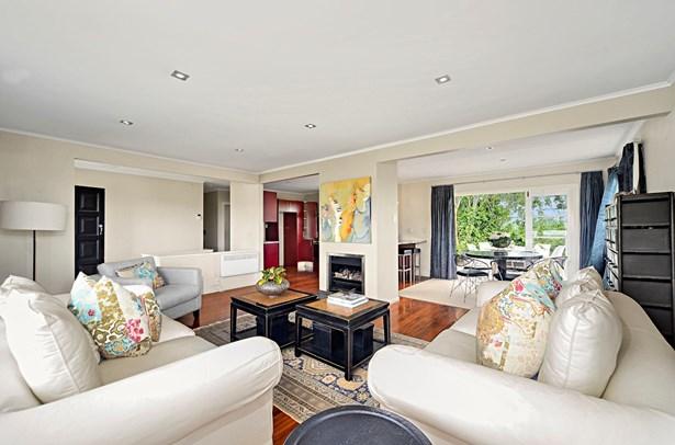 3 Lintaine Place, Glen Innes, Auckland - NZL (photo 5)