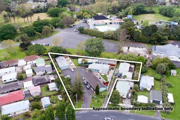 3 Parakai Avenue, Parakai, Auckland - NZL (photo 2)