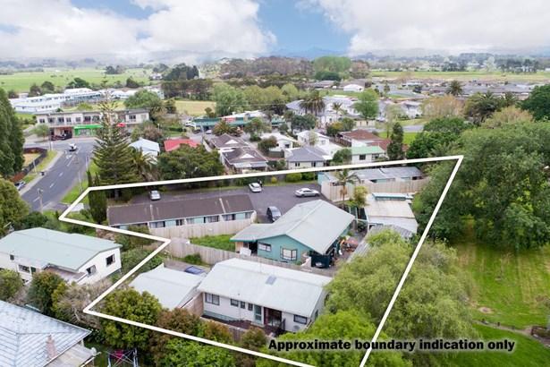 3 Parakai Avenue, Parakai, Auckland - NZL (photo 3)