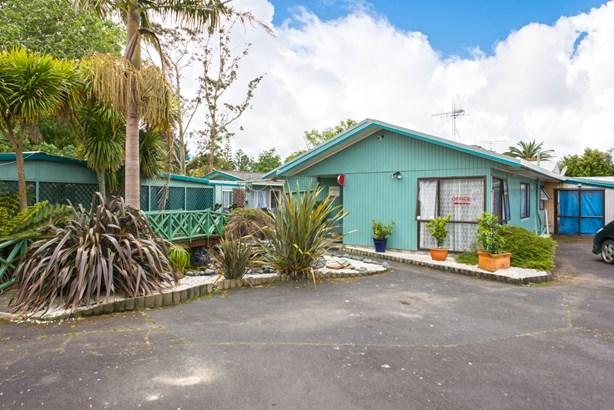 3 Parakai Avenue, Parakai, Auckland - NZL (photo 4)