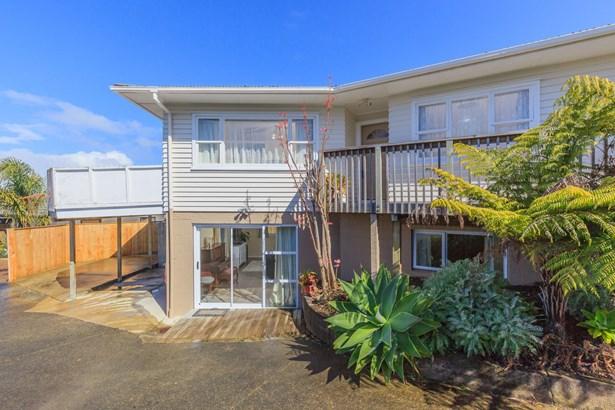 16 Edgeworth Road, Glenfield, Auckland - NZL (photo 2)