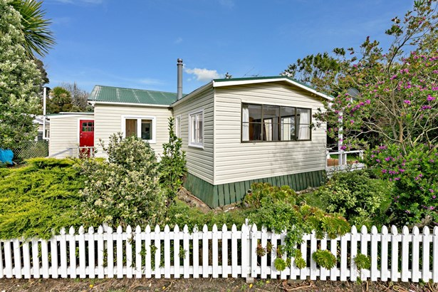 63 Maunsell Road, Port Waikato, Auckland - NZL (photo 1)