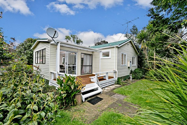 63 Maunsell Road, Port Waikato, Auckland - NZL (photo 2)