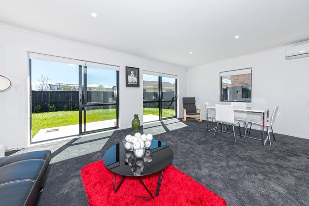 3/239 Robertson Road, Mangere East, Auckland - NZL (photo 3)
