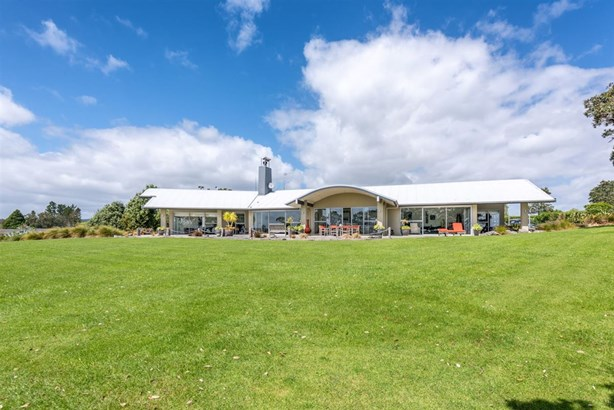 389 Clifton Road, Whitford, Auckland - NZL (photo 4)