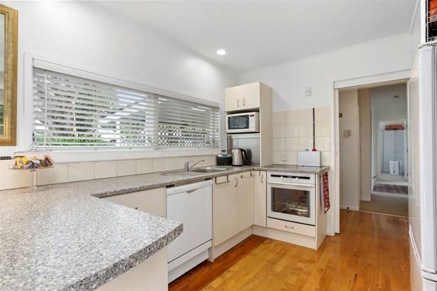 15 Abingdon Place, Glendowie, Auckland - NZL (photo 3)