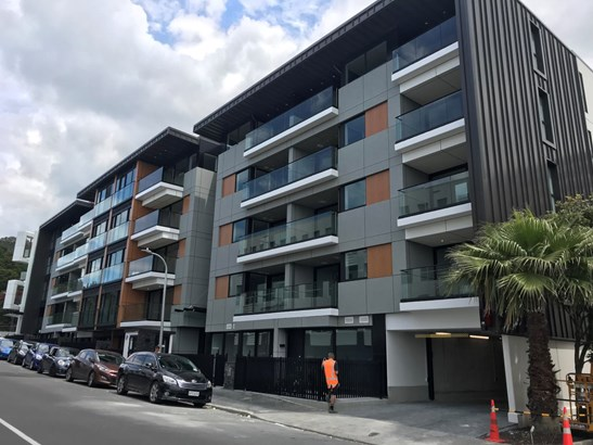 301/10 Normanby Road, Mt Eden, Auckland - NZL (photo 2)