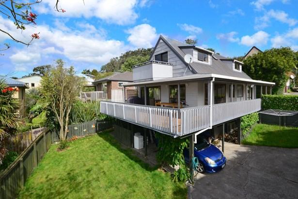 450a Whangaparaoa Road, Stanmore Bay, Auckland - NZL (photo 2)