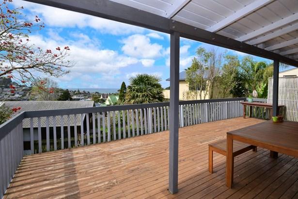 450a Whangaparaoa Road, Stanmore Bay, Auckland - NZL (photo 3)