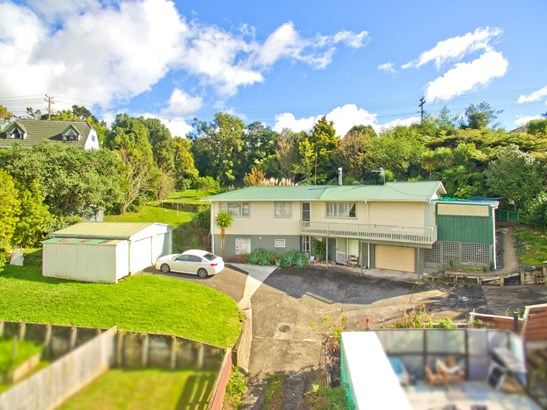 16 Cypress Place, Sunnynook, Auckland - NZL (photo 1)