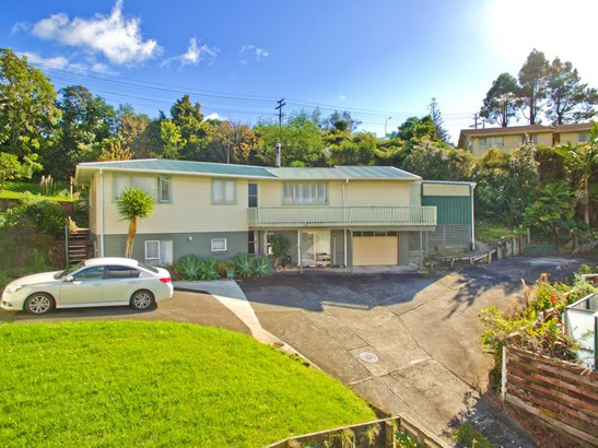 16 Cypress Place, Sunnynook, Auckland - NZL (photo 2)