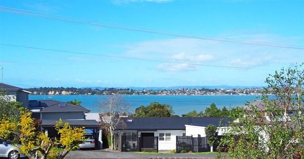 277 West Tamaki Road, Wai O Taiki Bay, Auckland - NZL (photo 2)