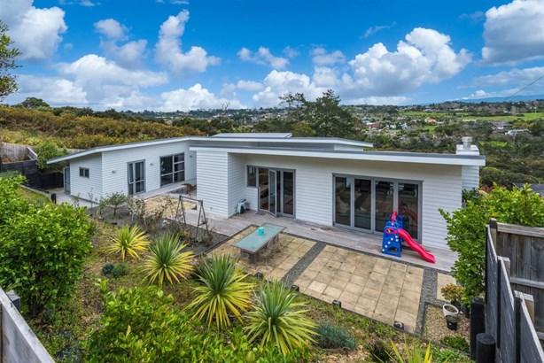 28 Schopolo Place, Schnapper Rock, Auckland - NZL (photo 2)