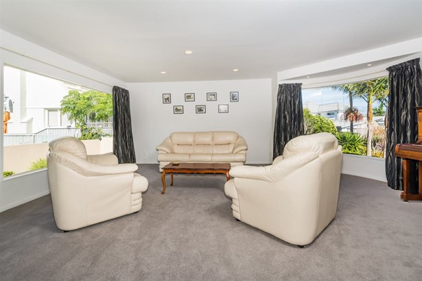 29a Sylvan Avenue, Northcote, Auckland - NZL (photo 4)