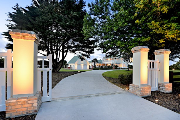 210 Clifton Road, Whitford, Auckland - NZL (photo 1)