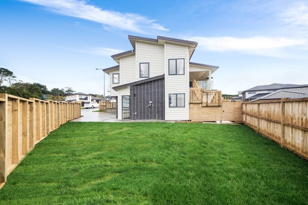 4 Paitry Place, Swanson, Auckland - NZL (photo 4)