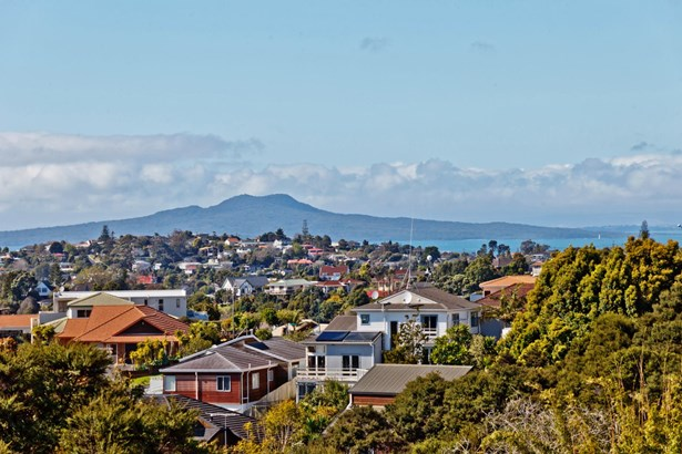 334 Glenvar Road, Torbay, Auckland - NZL (photo 2)