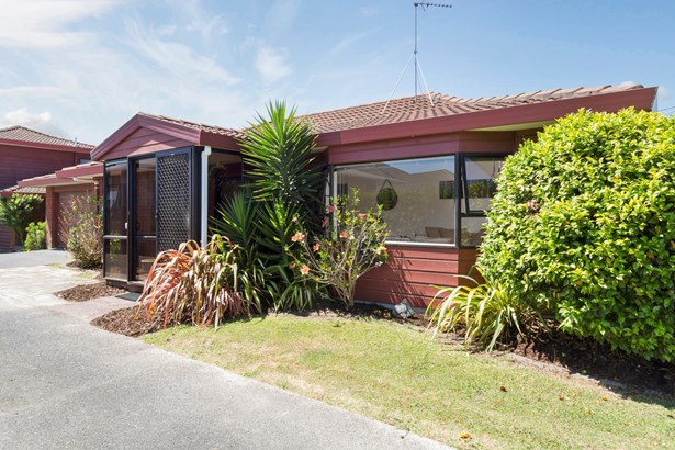 1/5 Rothesay Bay Road, Rothesay Bay, Auckland - NZL (photo 3)