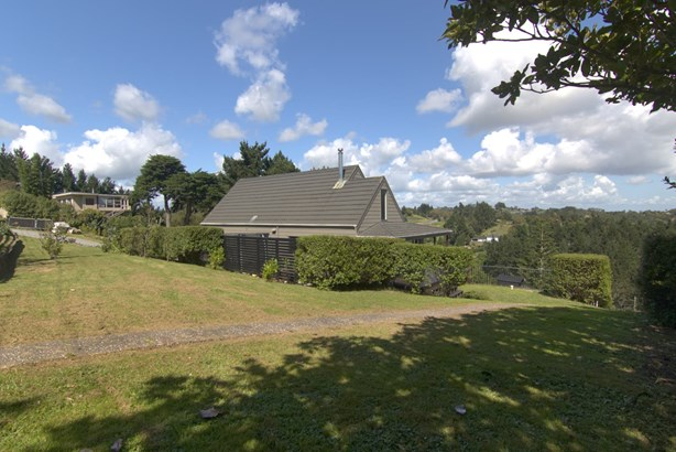 82 Whites Road, Whitford, Auckland - NZL (photo 3)