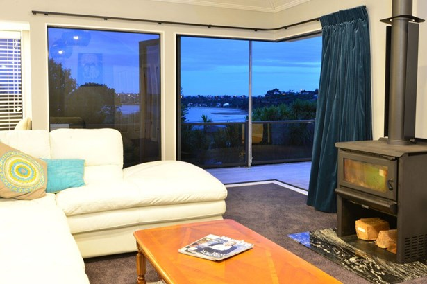 56 Swann Beach Road, Stanmore Bay, Auckland - NZL (photo 1)