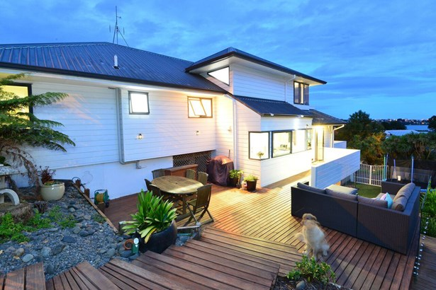 56 Swann Beach Road, Stanmore Bay, Auckland - NZL (photo 4)