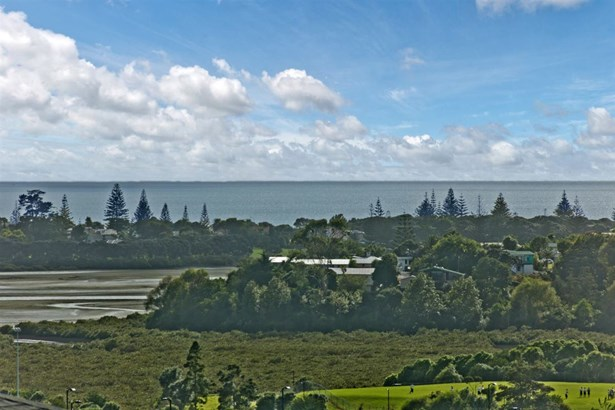13 Grut Greens, Silverdale, Auckland - NZL (photo 2)