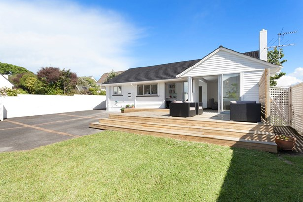 92 St Johns Road, Meadowbank, Auckland - NZL (photo 3)