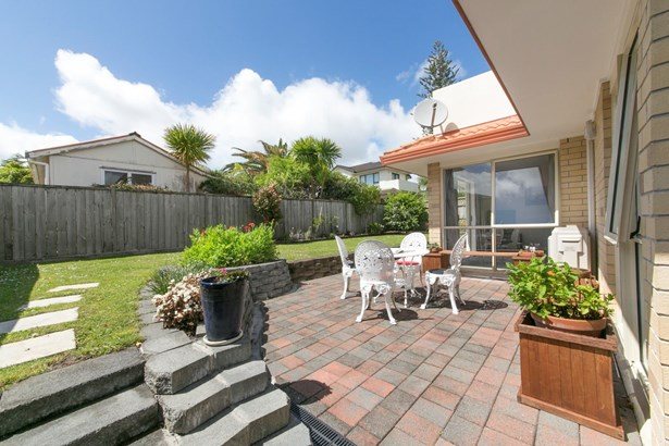 68d Te Atatu Road, Te Atatu South, Auckland - NZL (photo 1)