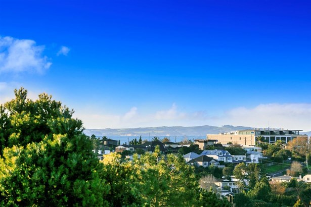 71 Sunrise Avenue, Murrays Bay, Auckland - NZL (photo 5)