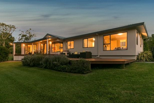 15 Buttercup Place, Waimauku, Auckland - NZL (photo 1)