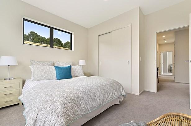 33 Doidge Street, Beachlands, Auckland - NZL (photo 2)