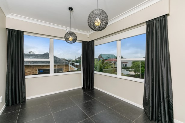 26 Oakdale Road, Mt Roskill, Auckland - NZL (photo 3)