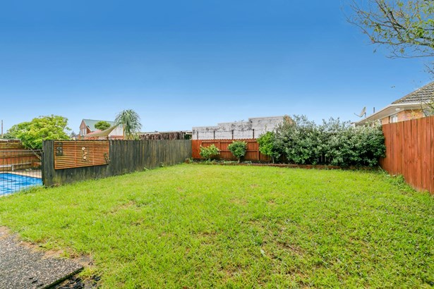 26 Oakdale Road, Mt Roskill, Auckland - NZL (photo 5)